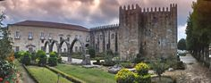 Top 15 #Palaces to visit in Portugal 24.01.2015 - via Go Portugal   There are many palaces in Portugal. You can find medieval, romantic and royal palaces. Also is possible to sleep in some palaces because the are now transformed in Palace Hotels. Here a list of the most beautiful palaces to go. #portugal #travel #culture #tips Photo: Paço Episcopal, Braga