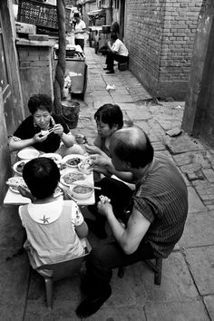 The Last Hutong - a photostory about the disappearing traditional districts of Beijing, China