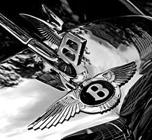 Bentley and his brother began to manufacture their own brand of automobile at Cricklewood, London, England. They registered Bentley Motors Ltd. as the name of their company in August. Ferrari, Lamborghini, Bentley Continental R, Bentley Logo, Bentley Car, Moto Ducati, Bugatti, Ferdinand Porsche, Muscle Cars