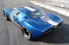 ❦ 1964 Ford GT40. [800x531] (yes, I know it's a kit)