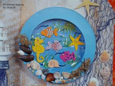 Aquarium van papieren bordjes Ocean Crafts, Fish Crafts, Autumn Crafts, Summer Crafts, Craft Projects For Kids, Diy For Kids, Paper Plate Crafts, Art Lessons Elementary, Creative Kids