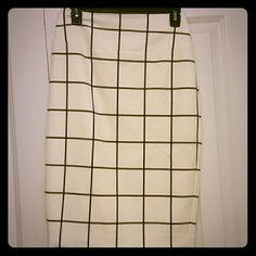 Express pencil skirt Only worn once Express pencil skirt Express Skirts Pencil