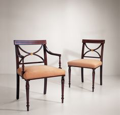 21009 & 21010 // Decca // Traditional Collection // Dining Chairs