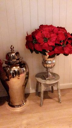Love christmas My House, Vase, Christmas, Home Decor, Xmas, Decoration Home, Room Decor, Navidad, Noel