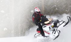 2014 Polaris 600 Switchback Assault Snowmobile : Overview