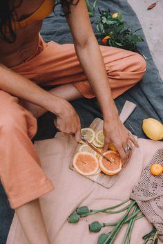 Beautiful citrus fruits prepared with love ~ delicious picnic drinks idea Bon Film, Photo Images, Summer Aesthetic, Sun Aesthetic, Fresh Fruit, Citrus Fruits, Summer Time, Summer Fall, Summer Sun