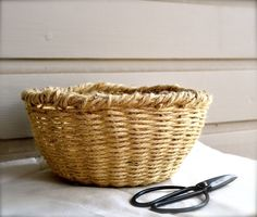 DIY: woven bowl basket — Keightly  http://keightlystudio.com