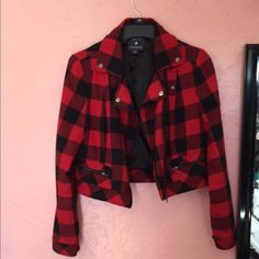 Forever 21 plaid jacket! super cute! perf condition ❤️ Forever 21 Jackets & Coats