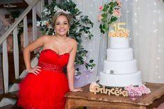 Foto por Sueide Stabenow ❤ Ana Júlia faz 15. Decoração provençal para a debutante + Princesa, tons de rosa, bolo | Provencal Sweet Fifteen + Blush and pink, princess, cake
