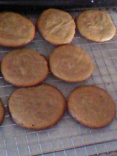 Peanut Butter Cookies. Around 36-50 calories per cookie. :) 1c Honey, 1c Peanut Butter, 1tsp Baking Soda, 1 large egg. :D Sooooooo simple and sooooooo yummy!! Great guilt-free dessert or snack idea. <3