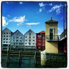 Bakke Bru. By Plane, Trondheim, Norway, Houses, Mansions, House Styles, Instagram, Homes, Fancy Houses