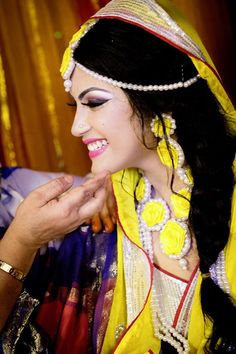 yellow holud in Bangladesh #Bengali bride