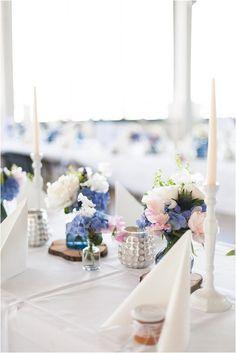 Pfingstrosen Hochzeit, Blau-weiß, Matrosenthema, elegant. Von Anmut und Sinn