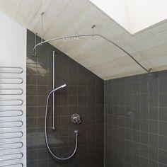 Duschvorhangstange in einer Dachschräge - auch das geht! www.phos.de