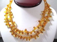 SIMULATED-AMBER-BEADED-NECKLACE-LIGHT-HONEY-COLOR-VINTAGE