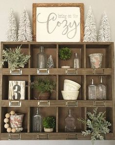 Need farmhouse winter decor inspiration? It's not complicated to add rustic winter charm to once your Christmas decorations are packed away.. Come see how! #RusticHomeDecorating,
