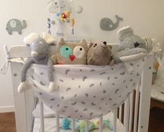 Beautiful hammock to store baby softies! It s hanging bed, avoids d have Teddy everywhere and it is great as decor! Fabrics and dimensions to the choice, feel free to contact me Nursery Decor, Room Decor, Diy Bebe, Everything Baby, Baby Hacks, Boy Room, Bassinet, Baby Toys, Fabric Crafts