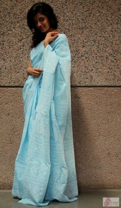 Chill this summer in this ice blue voile saree. This Lucknawi chikankari drape comes with an elaborately hand-crafted pallu and all over jaal. Glam it up with a pair of kundan earrings for your next Sunday brunch.