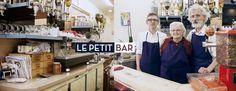 François Simon, c'est le critique gastronomique masqué de Paris.Tout le monde le connait, personne ne l'a jamais vu.Il teste tous les restos en douce et le lendemain le couperet tombe. Tousles mois, il vous prescrit un boui boui autour de 10€.