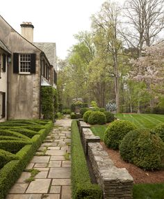 Patio,+Porch,+Garden,+GroundsHoward+Design+Studio+|+Dering+Hall+Design+Connect In+partnership+with+Elle+Decor,+House+Beautiful+and+Veranda.