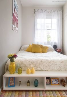 Fantastic small bedroom layout ideas - It's wonderful textures, sensible furniture selection, and not an insignificant amount of resourcefulness. Below are 25 inspiring small bedroom ideas to attempt. Home Bedroom, Modern Bedroom, Bedroom Decor, Bedroom Ideas, Master Bedroom, Contemporary Bedroom, Bedroom Beach, Bedrooms, Bedroom Retreat