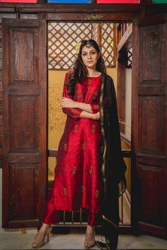 Ruby Laal Aari Kurta Set with Dupatta Anarkali Churidar, Anarkali Dress, Anarkali Suits, Salwar Kameez, Patiyala Dress, Maroon Pants, Designer Salwar Suits, Silk Dupatta, Silk Pants