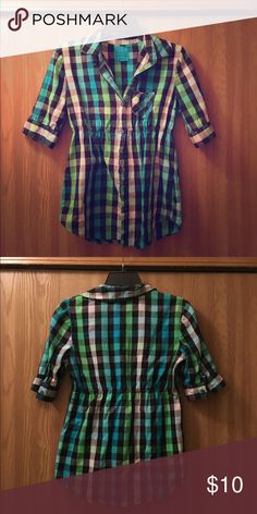 Lilu Plaid Top Button down plaid top with one pocket! Features a higher cinched waistline for a flattering fit. Great used condition! Lilu Tops Button Down Shirts