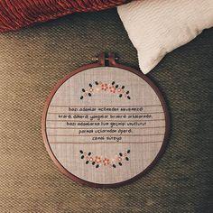 şiir kasnakta ���� . . . . . #cemalsüreya #şiir #kasnak #kanaviçe #vsco #vscocam #instagood #crossstitch http://www.butimag.com/crossstitch/post/1479843572961718287_187806880/?code=BSJdeOZhzAP