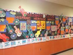 Hispanic Heritage Month bulletin board http://slangingpaintin160.wordpress.com/2014/09/14/hispanic-heritage-month-modern-day-mexico/