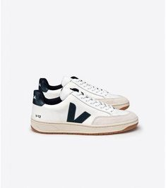 54303bebc5d8eb Are you looking for more info on sneakers  In that case click through right  here