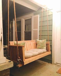23 Free DIY Porch Swing Plans & Ideas to Chill in Your Front Porch - Interior Pedia Porch Swing Cushions, Patio Swing, Swing Beds, Porch Swings For Sale, Front Porch Swings, Farmhouse Porch Swings, Porch Windows, Porch Roof, Diy Porch