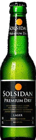 """Solsidans Premium Dry / roduktnamn: Solsidan Premium Dry Typ: Lager Alkoholhalt: 5,0 % Färg: Ljust gyllengul Doft: Maltig frisk doft. Smak: Lätt maltig smak med en balanserad beska. Malt: Pilsnermalt, Humle: Magnum, Spalter select, Tettnager. Kolhydrater: Reducerad till 50 % i jämförelse med en """"vanlig"""" lageröl av motsvarande alkoholstyrka. Hållbarhet: 12 månader."""