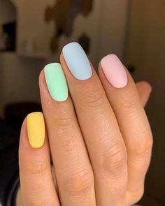 10 Creative Nail Designs for Short Nails to Create Unique Styles Acrylic Nails Pastel, Best Acrylic Nails, Pastel Color Nails, One Color Nails, Cute Nail Colors, Different Color Nails, Summer Acrylic Nails, Yellow Nails, Purple Nails