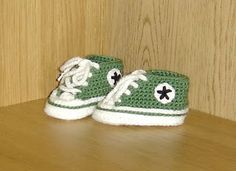 Crochet Baby Converse by loopysue  - Crochet Baby Converse with loopysue   Measurements: Sole 11.5x5.5 cm, height 6-6.5 cm   Materials:  In ...