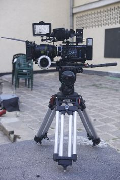 Sony F55 - Rig Camera Rig, 35mm Camera, Camera Gear, Best Camera, Photography Tools, Photography Camera, Photography Equipment, Vlogging Equipment, Camera Equipment