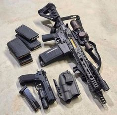 Daily Gun Dose — ▪️ ・・・ Shorty Saturday with the. Weapons Guns, Guns And Ammo, Armas Airsoft, Tactical Gear, Tactical Survival, Airsoft Gear, Ar Pistol, Templer, Submachine Gun