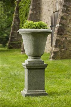 Rustic Hampton Outdoor Garden Urn  LPO554