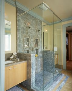 Double shower. I like this, but maybe with Tiles or stone side walls rather than all the glass.