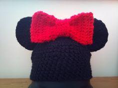 Free Crochet Pattern for a Mouse Hat with Bow SusanD1408
