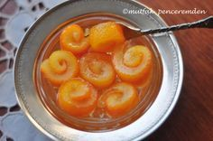 Orange marmalade of my grandmother - Food and Drink Fruit Recipes, Sweet Recipes, Dessert Recipes, Cooking Recipes, Vegetarian Breakfast Recipes Easy, Orange Jam, Delicious Fruit, Turkish Recipes, Breakfast Items