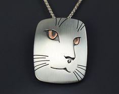 Cat Portrait Pendant Necklace Sterling от SilverspotMetalworks