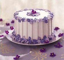 Violet Cake  http://josefinabakery.com/yahoo_site_admin/assets/images/sweet_violet_cake.242120015_std.jpg
