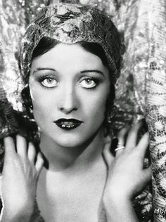 Joan Crawford 1928: Ruth Harriet Louise