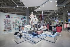 Ardene launches new store format in Quebec - Retail Focus - Retail Blog For Interior Design and Visual Merchandising