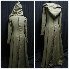Legend of the Seeker Replica Confessor Kahlan's por Crinolines