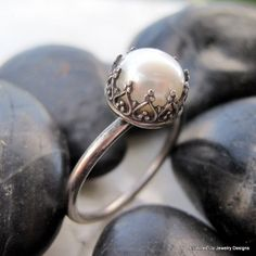 Pearl / Crown Ring