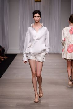 Ermanno Scervino Spring 2015 Ready-to-Wear Fashion Show
