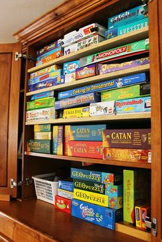 BOARD GAME Jessica at BalancingEverythi. turned an unused TV armoire into a games cabinet. Isn't t Board Game Organization, Board Game Storage, Craft Storage, Organization Hacks, Board Games, Armoire Redo, Armoire Tv, Armoire Makeover, Repurposed Furniture