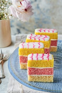 This is Prue's take on the retro English angel cake. The pretty decoration is super-easy: a cocktail stick and stripes of pink icing are all you need. British Baking Show Recipes, British Bake Off Recipes, Great British Bake Off, Baking Recipes, Cake Recipes, Prue Leith, Angel Cake, Cake Tins, Tray Bakes