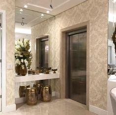 Aquele hall que acolhe e encanta. @pontodecor Projeto Mariane e Marilda Baptista Via @maisdecor_ www.homeidea.com.br Face: /homeidea Pinterest: Home Idea #bloghomeidea #olioliteam #arquitetura #ambiente #archdecor #archdesign #projeto #homestyle #home #homedecor #pontodecor #homedesign #photooftheday #love #interiordesign #interiores #cute #picoftheday #decoration #revestimento #decoracao #architecture #archdaily #inspiration #project #regram #home #casa #grupodecordigital #hall